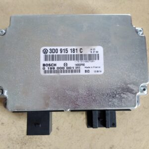 3D0 915 181 C & 0 199 000 001 Battery Monitoring Control Module VW Phaeton.