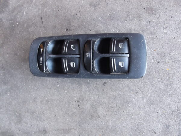 7L5 959 857 A Window switches Control Panel Porsche Cayenne.