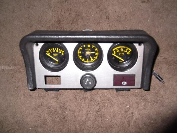 944.641.117.00 & 944.641.115.00 & 171.919.235 Instrument Cluster Porsche 924 & Porsche 944 Type 1.