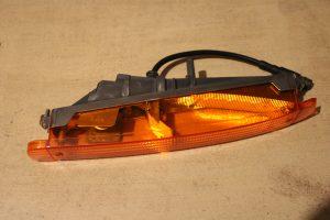 951.631.411.00 Indicator Light Left Porsche 944 S2 & Porsche 944 Turbo