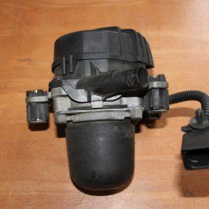 7L5.959.253.B Airpump Secondary Pump Porsche Cayenne 955