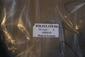 928.512.129.04 Rear Hatch Seal Porsche 928