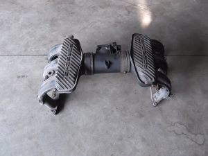 99611001503 & 996.110.115.53 Intake Manifold