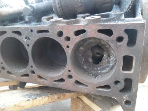 Motorblok - Engine Porsche 924 Turbo. Motorcode 31 01 1452.