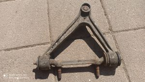 Wishbone Front Right. 928.341.458.22 & 928.341.431.07