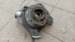 Wheel hub rear left 99634165810