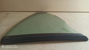 Rear Quarter Glass Left 99754311114.