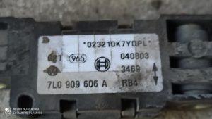 7L0909606A