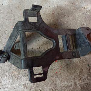 ECU mount bracket 7L0907649A