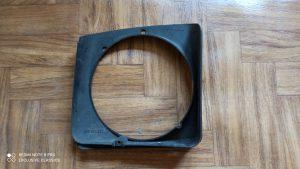 Headlight retaining ring Left. 477805633